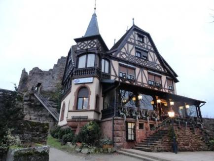 Siège du Rotary club de Saverne - restaurant du château du Haut-Barr - F 67700 Saverne